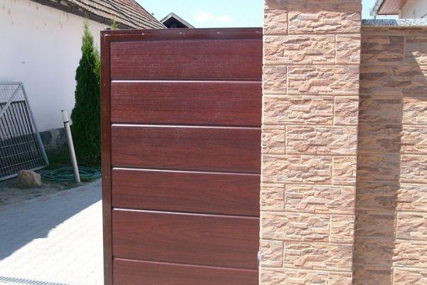 paneles-tolokapu-es-kiskapu01E3C4EAA7-EC09-23DD-C64E-C0D25DE4E484.jpg